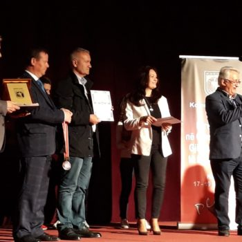 Награди за победниците на XXIV Математичка Олимпијада
